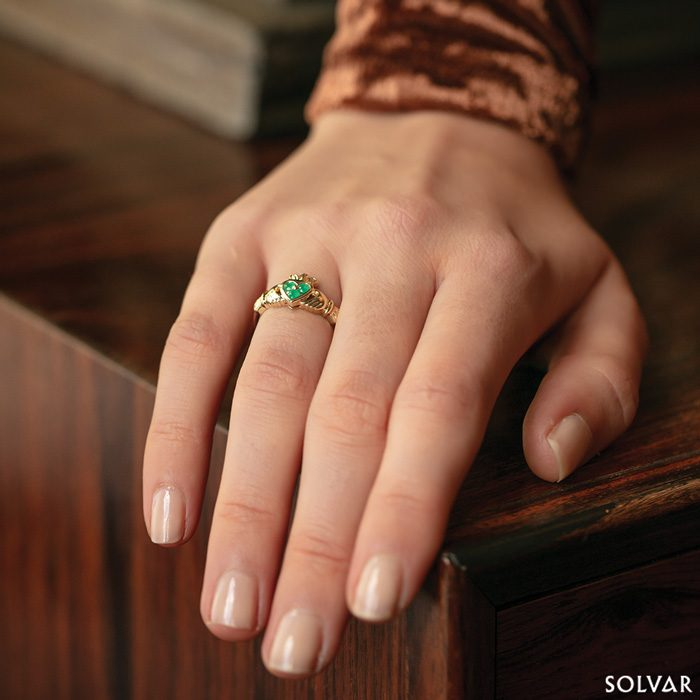 14K Gold Emerald Claddagh Ring